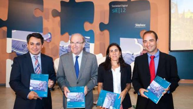 Presentación del Informe de Telefónica en Huelva.
