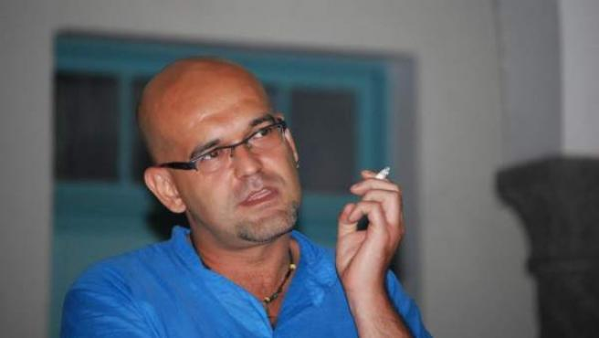 El autor Alexis Ravelo Betancor.