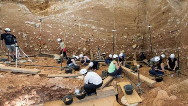 Imagen de archivo de una excavación en Atapuerca.