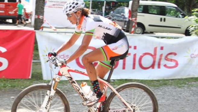 Marga Fullana, durante los Nacionales de mountain bike de Panticosa.
