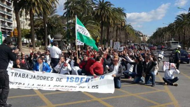 Trabajadores de Isofotón protestan en el centro de Málaga