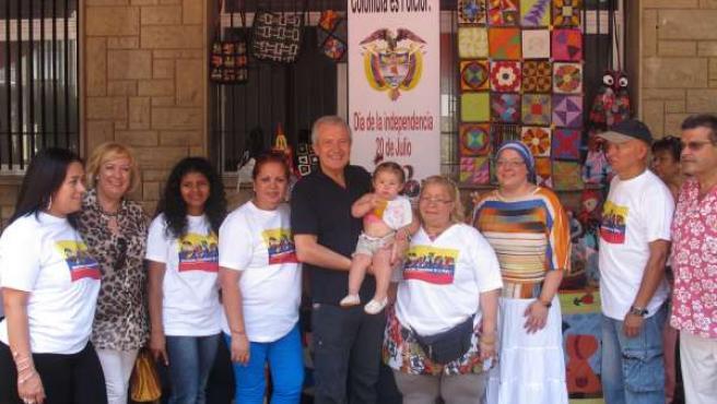 Emilio del Río participa en la celebración del Día Nacional de Colombia