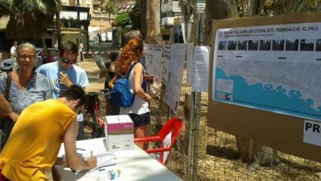 La Plataforma en Defensa de los Baños del Carmen recoge firmas