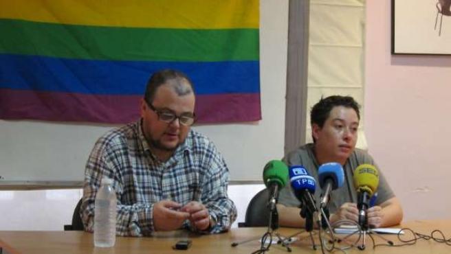 Representantes de XEGA, la Asociación de LGTB de Asturias