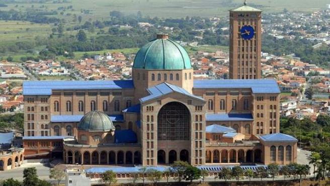 Santuario nacional de Nuestra Señora la Aparecida.
