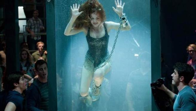 Isla Fisher en una escena de 'Ahora me ves...'