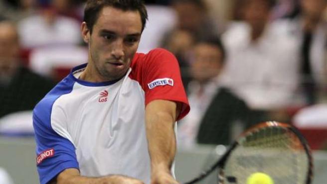 Viktor Troicki logró el punto decisivo en la Copa Davis para Rusia.