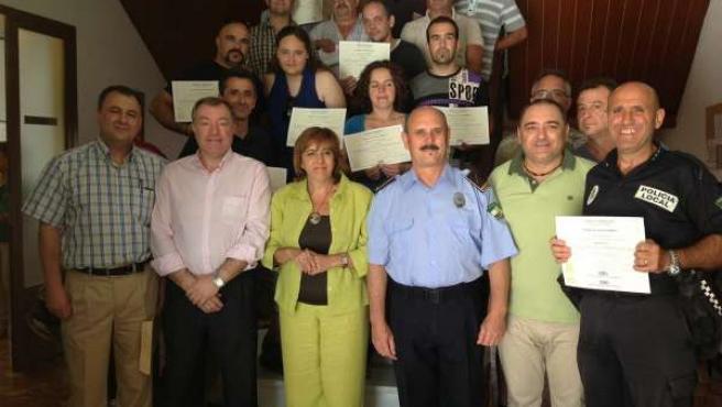 Entrega de diplomas a los nuevos voluntarios de Protección Civil