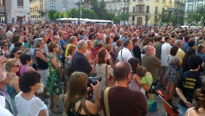 Concentración por las víctimas del metro de Valencia y del tren de Santiago