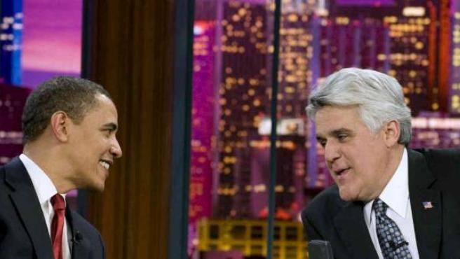 Jay Leno (izda), con Barack Obama en 'The Tonight Show'.