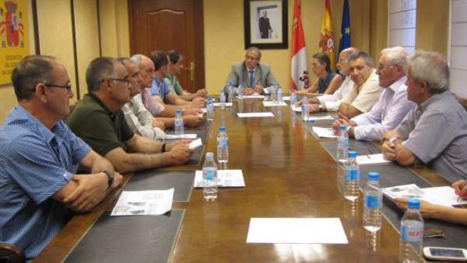 Reunión de José Antonio Martínez Bermejo con alcaldes y agricultores