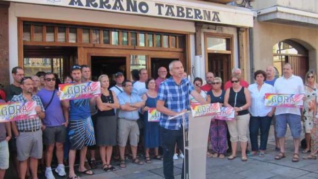 Joseba Permach en un acto de Sortu en Zarautz