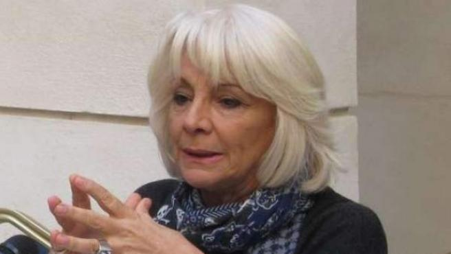 Teófila Martínez.