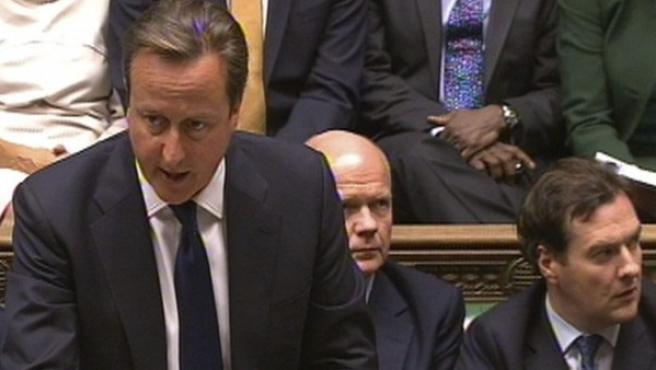 El primer ministro británico David Cameron interviene durante un debate sobre Siria en la Cámara de los Comunes.
