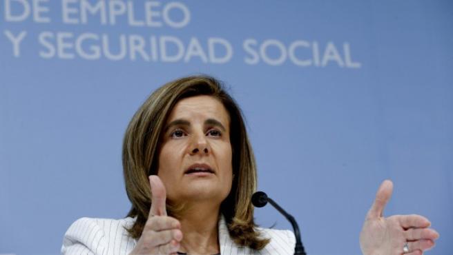 La ministra de Empleo y Seguridad Social, Fátima Báñez, durante una rueda de prensa.