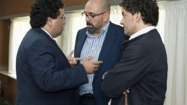 Moliner conversa con los portavoces de PSPV y Compromís en la Diputación.