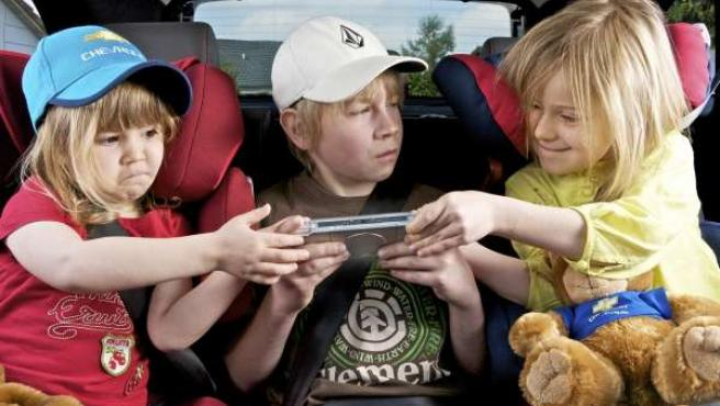 Recurso automóvil, coche, vehículo, sillita, retención, niño