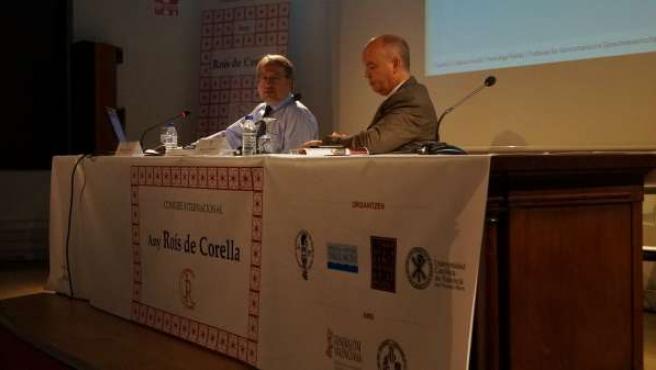 Ponencia de Hans-Ingo Radatz en el congreso Any de Roís de Corella.