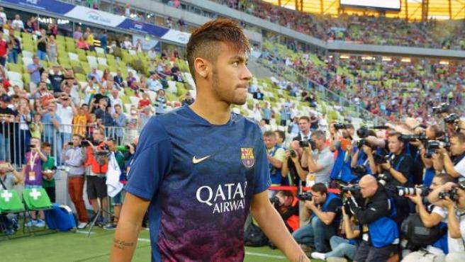 Neymar a su llegada al partido amistoso disputado por el Barcelona contra el Lechia Gdansk polaco.