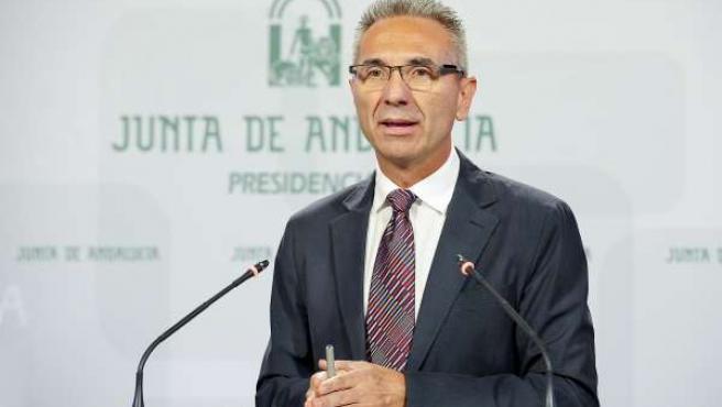 Miguel Ángel Vázquez, en rueda de prensa tras el Consejo de Gobierno