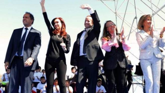 La presidenta de Argentina, Cristina Fernández, en un acto político al que acudió con 'leggins'.