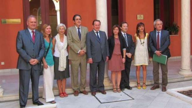 El consejero de Justicia se reúne con María José Segarra y José Joaquín Gallardo