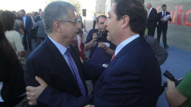 Joaquim Llena y J.M.Pelegrí, exconseller y conseller de Agricultura