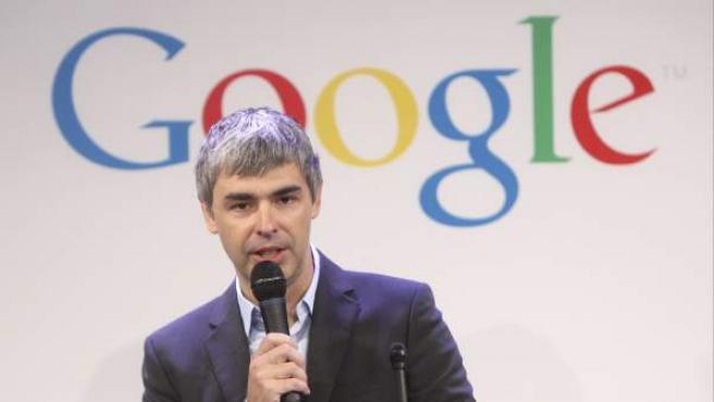 Larry Page, director ejecutivo de Google, habla durante una conferencia en las oficinas de la compañía en Nueva York.