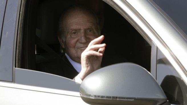 El Rey Juan Carlos, a su llegada al Hospital Quirón Madrid.