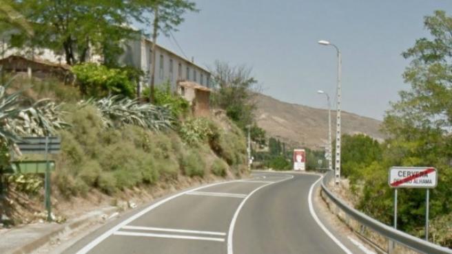 Tramo de salida de Cervera del Río Alama de la carretera LR-123.