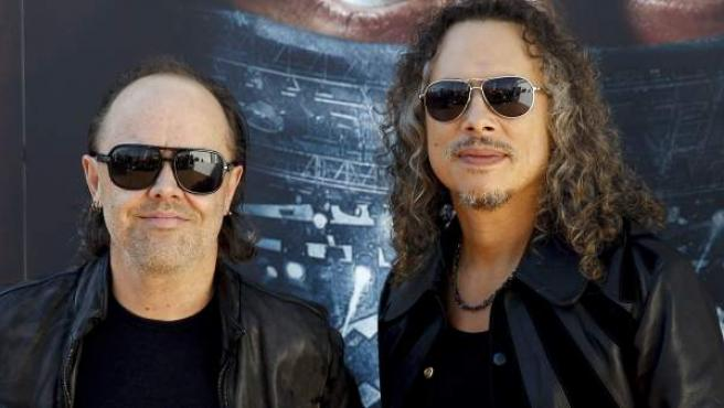 Los integrantes del grupo Metallica Lars Ullrich (i) y Kirk Hammett durante la presentación de su documental en 3D 'Through the never' en Madrid.