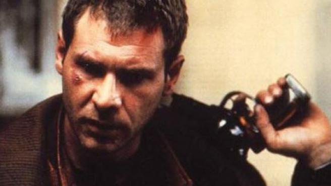 Harrison Ford interpreta al inspector Rick Deckard en 'Blade Runner'.