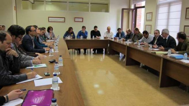 Agricultores y Gobierno de Aragón hablan sobre la futura PAC