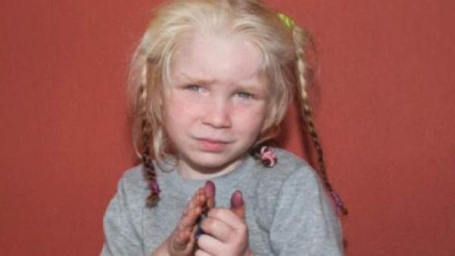 Grecia pide ayuda para encontrar a una niña.
