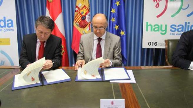 Firma del convenio para la adhesión de Ponferrada en el sistema Viogen
