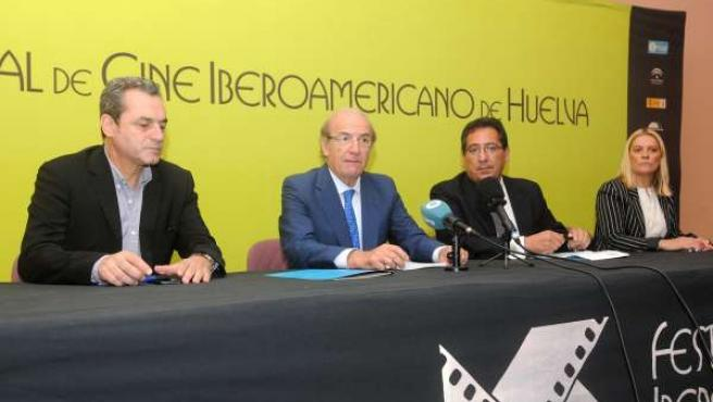 Firma de Cajasol con el Festival de Cine Iberoamericano de Huelva.