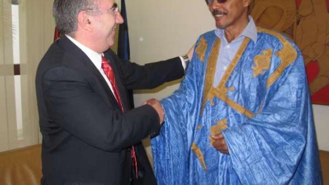 El consejero Manuel Campos recibe al presidente del Parlamento Saharaui