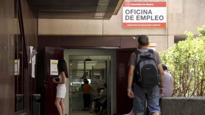 Oficina de empleo de la calle Orense de Madrid.