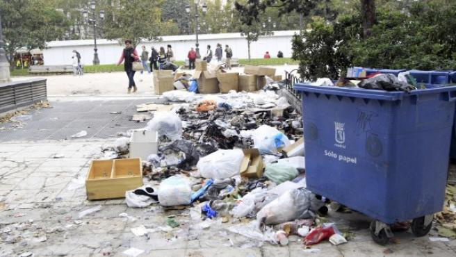 Imagen de Plaza España, Madrid, durante la huelga de limpieza.