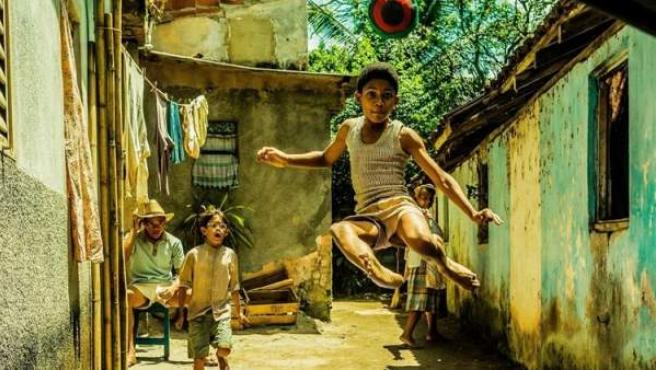 Una imagen de la película biográfica sobre el futbolista Pelé.