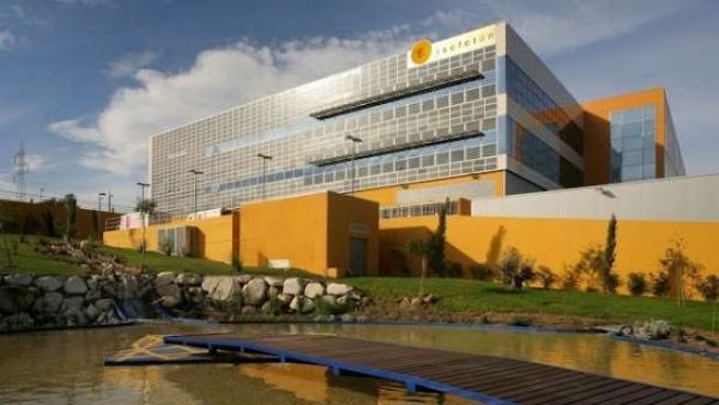 Empresa energía solar fotovoltaicas sede Isofotón vatios