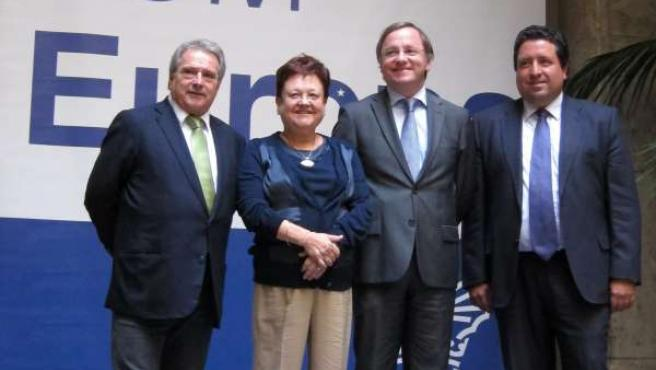 Rus, Pastor, Moragues y Moliner antes de su reunión sobre fondos europeos.