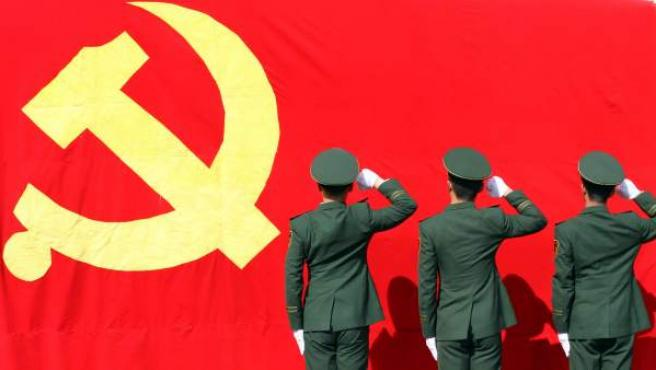 El Gobierno chino relajará la política de hijo único y abolirá los campos  de trabajo