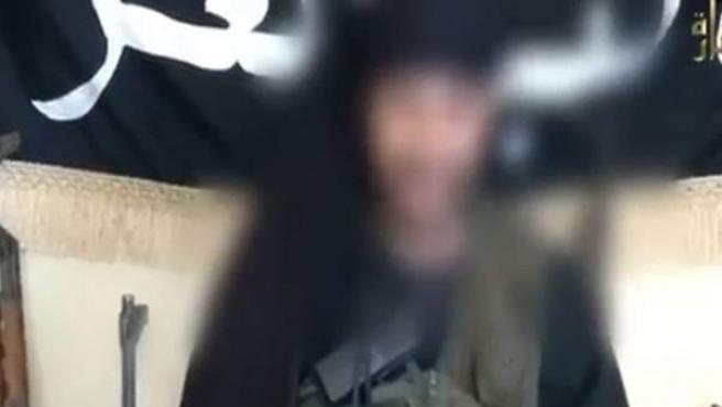 Un yihadista en un vídeo difundido por el Ministerio del Interior.