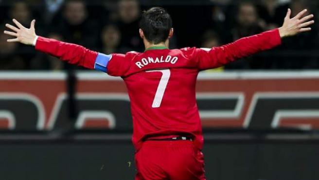 Cristiano Ronaldo celebra uno de sus goles con Portugal.