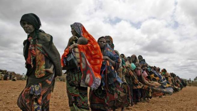 Mujeres en un centro de alimentación en Somalia.