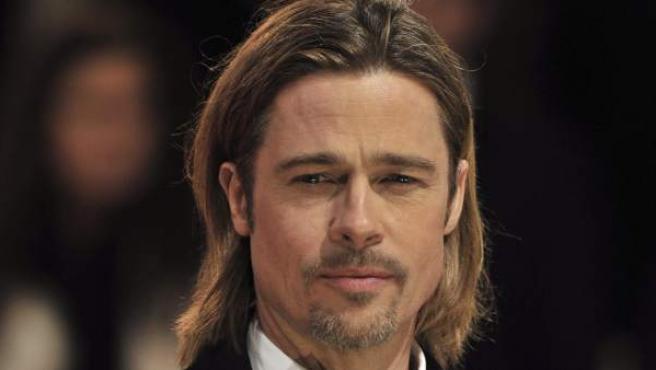 Brad Pitt llega a la gala de entrega de los premios Bafta.