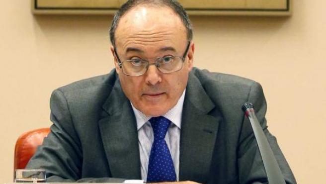 El gobernador del Banco de España, Luis María Linde, durante su comparecencia en la Comisión de Presupuestos del Congreso de los Diputados.