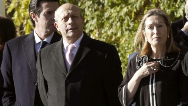 José Ignacio Wert durante la espera del presidente francés, François Hollande al Palacio de La Moncloa, en Madrid.