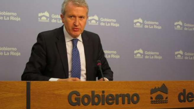 El portavoz del Gobierno riojano, Emilio del Río, informa Acuerdo Consejo